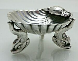 Antique Sterling Solid Silver Shell Scallop Salt 3 Dolphin Feet (1848/9/KNY)