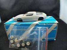 Alezan Maserati Bora 1972 Kit partiellement monté résine 1/43
