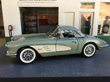 1960 Chevrolet Corvette Coupe  / Danbury Mint Limited Edition  / Die-cast