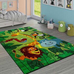 Tappeto per bambini giungla con animali verde