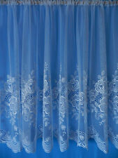 Scheibengardine - feiner Gittertüll bestickt - sehr zart und transparent