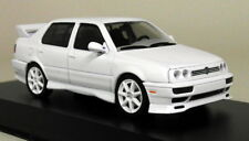 Greenlight 1/43 Scale - 1995 Volkswagen Jetta A3 White Diecast Model Car