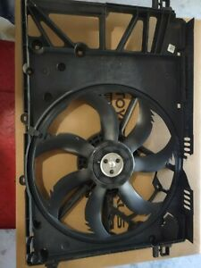 2018 2019 2020 Toyota Camry 2.5L  Cooling Fan Assy. Minor damage