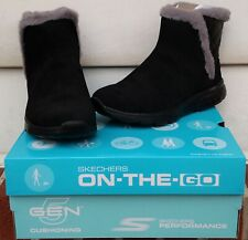 NEW Skechers On-The-Go 400 Cozies Black Suede w/Gray Faux Fur Booties-Women's 7