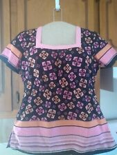 Koi Scrub top Rn# 121336 Style# 119Pr black orange pink flowers square neck sz S