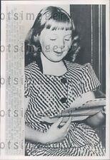 1952 9 Year Old San Francisco Girl M Holt Wants to be Air Force WAC Press Photo