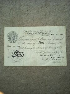 White Five Pounds Note. 25th January 1952 - Beale - Good Condition