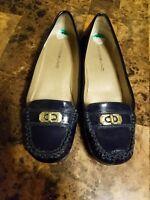 Bandolino womens Navy Blue Patent Loafer Shoe Slip on Gold Hardware sz 8M Vegan