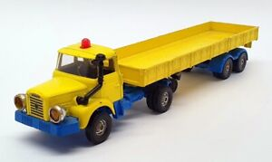 Corgi 26cm Long Diecast 1102 - Berliet Truck & Trailer - Yellow/Blue
