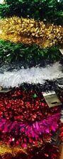 Ghirlande, corone e fiori natalizi senza marca