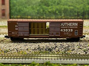 N Scale - MTL 03700030 Southern 50' Double Door Boxcar w/ Load SOU 43039 N4897