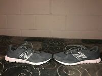 New Balance 600v2 Womens Athletic Running Training Shoes Size 9 Gray White