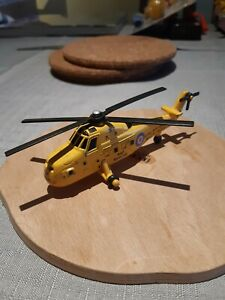 ERTL Collectors Edition RAF Rescue Helicopter Royal Air Force XV729 1011