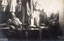 BK060 Carte Photo vintage card RPPC Homme Tailleur machine à coudre textile
