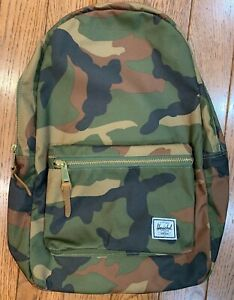 HERSCHEL SETTLEMENT BACKPACK WOODLAND CAMO CLASSIC 23.0L NEW WITH TAGS FREE SHIP