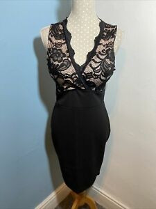 Ladies Black Lace Top Dress. SIZE 10 Padded Bust V Neck Littke Black Dress.