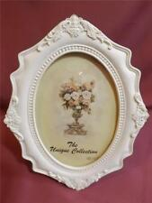 FREE POST REDUCED TO CLEAR GORGEROUS SHABBY WHITE PHOTO FRAME * NEW * GIFT