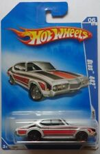 2009 Hot Wheels Olds 442 Col. #082 (White Version)
