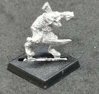Warhammer Fantasy Goblin C12 Shield Slammer Metal OOP 1985 Citadel Sword
