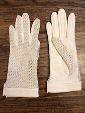 Women's Vintage Beige Ivory Gloves Wrist Nylon Cotton Lace Size 6 Fancy Costume
