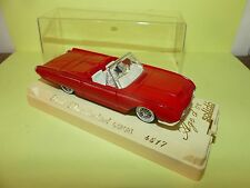 FORD THUNDERBIRD G-SPORT Rouge SOLIDO 4517 1:43