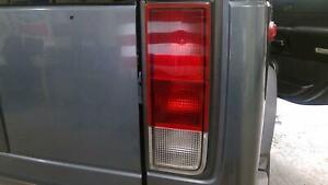 05-09 Hummer H2 Passenger Right Tail Light Assembly OEM