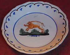 rare ancienne assiette faience NEVERS au cochon nevers 18 eme tres bon etat