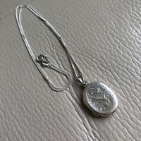 Silver Chain Locket Photo Pendant Necklace Vintage Victorian Style 18in Bridal