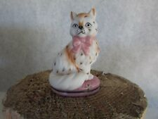 Franklin Mint Curio Cabinet Cat - Staffordshire Cat - 1986