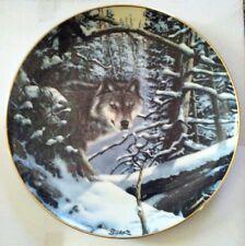 """Collector Plate Wolf """"Eyes Of The Wild Timber Wolf"""" Derk Hansen  9.25"""" diameter"""