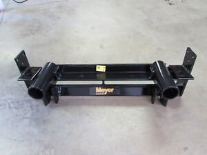 NEW MEYER SNOW PLOW CLASSIC MOUNT 88-01 CHEVY GMC K1500 2500 3500 4X4 11265