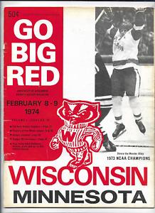 1974 WISCONSIN BADGERS vs MINNESOTA GOLDEN GOPHERS Hockey Program (JS)