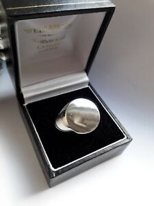 Mens Plain Polished Sterling Silver Signet Ring. Sz W. (VGC)