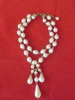 Early 1970s IMPORTANT CHANEL PARIS  GRIPOIX PEARL VINTAGE NECKLACE -NEAR MINT