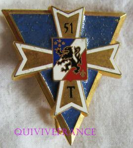 IN9840 - INSIGNE 51° Régiment de Transmissions, croix et écu doré