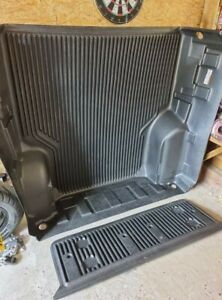 Mitsubishi L200 2015+ Double Cab load bed liner - Under Rail - ABS - NEW
