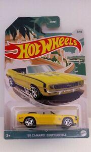 Hot wheels convertible series. 69 camaro  convertible. Neuf en boite