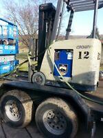 36 volt Forklift battery 2 yrs old excellent condtion Machine RC5530 400.00 extr
