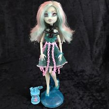 Monster High Haunted Rochelle Goyle Doll Outfit Shoes Stand Bracelet Lot