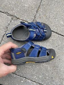 blue KEEN toddler boy sz 6 shoes sandals worn5weeks