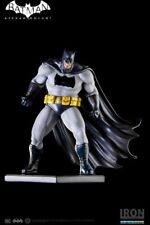 Iron Studios DC Batman Arkham Knight The Dark Knight DLC Batman Art Scale Statue