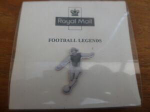 ROYAL MAIL ROBERT FREDERICK 'BOBBY' MOORE FOOTBALL PIN BADGE