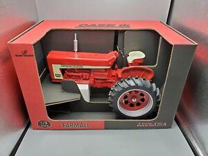 HUGE 1/8 Joseph Ertl Scale Models Case IH Farmall 806 Diesel Diecast Tractor Toy