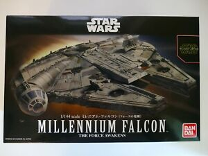 Bandai Star Wars 1/144 Millennium Falcon (The Force Awakens) Plastic Model BNIB