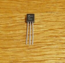 5 Transistoren 2 N 3820   ( = 5 pcs = JFET ,  P-CHAN 20 V 10 mA 350 mW TO-92 )