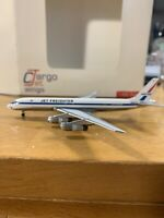 Aeroclassics United Airlines Jet Freighter DC-8-54F N8047U 1:400 Scale Model