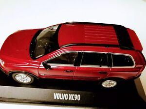Paul's Model Art GmbH Germany. Minichamps metal 1:43 Volvo for Life XC90 red.