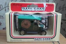 DAYS GONE BY...VEHICLE...with...FIGURES..LLEDO...1983.....VINTAGE....BOXED.