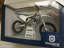 NEW MOTO MINIATURE HUSQVARNA FC 450 MOTOCROSS REPRODUCTION MANUFACTURER 1/12°