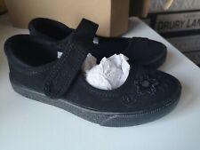 CLARKS GIRLS RIPTAPE BLACK SCHOOL PLIMSOLLS PUMPS HOPPER GO UK 9 F  NEW BOXED